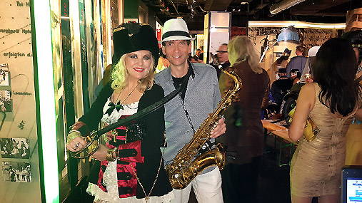 Live Saxophonist Ron für Galaveranstalung Promi Chill Out Lounge Sax Act